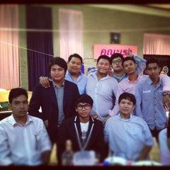 Photo taken at สมาคมนักเรียนเก่าอำนวยศิลป์ by กอล์ฟ เ. on 11/17/2012