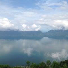Photo taken at Danau Maninjau by Sandi P. on 11/29/2014