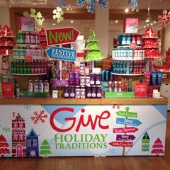 Photo taken at Bath & Body Works by James G. on 12/4/2013
