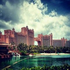 Photo taken at Atlantis Paradise Island Casino & Resort by Omid A. on 5/20/2013