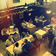 Photo taken at Cantina Roperto by Mateus P. on 3/3/2013
