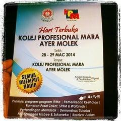 Photo taken at Kolej Profesional MARA (KPM) Ayer Molek by Fatin ▲. on 3/28/2014