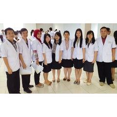 Photo taken at Fakultas Kedokteran by Elizabeth M. on 1/21/2014