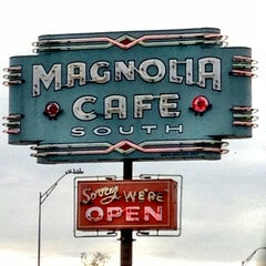 Photo taken at Magnolia Cafe South by Daniel S. on 11/27/2012