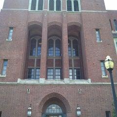 Photo taken at Johns Hopkins University - Eastern by David T. on 6/5/2014