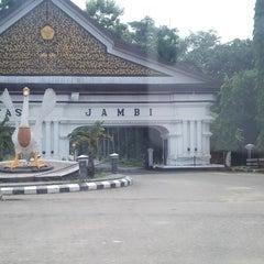 Photo taken at Universitas Jambi (Mendalo) by Petrus E. on 11/29/2013