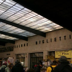 Photo taken at Stazione Firenze Santa Maria Novella by Barbara P. on 12/7/2012