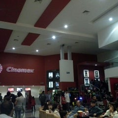 Photo taken at Cinemex by Erik Itham Á. on 5/26/2013