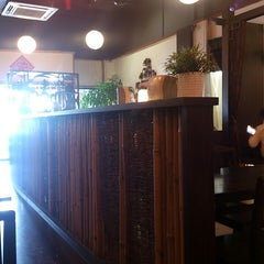 Photo taken at Life Cafe 人间茶坊 by Moon L. on 11/2/2014