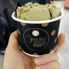 Photo taken at Freshy Freeze (ไอติมผัด) by Sher P. on 2/19/2016