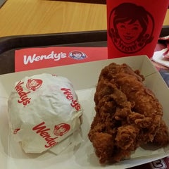 Photo taken at Wendy's by Ariadi Sastra G. on 2/3/2014