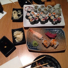Photo taken at Ai Sushi by 💫🐞MmeLtEmM🐞💫 on 9/11/2014