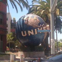 Photo taken at Universal Music Group by Salma B. on 8/5/2014