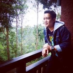 Photo taken at Kebun Teh Wonosari by Fery Dwi A. on 3/19/2015