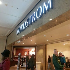 Photo taken at Nordstrom by I.A.M.W.H.A.T.I.A.M . on 12/28/2013