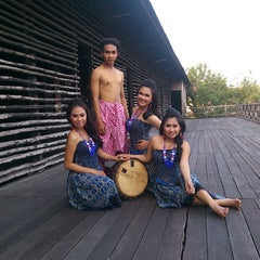 Photo taken at Rumah Adat Betang by Markurius U. on 8/26/2013