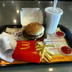 Photo taken at McDonald's by Desmond Y. on 2/8/2013