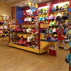 Photo taken at Build-A-Bear Workshop by Julia W. on 12/26/2012