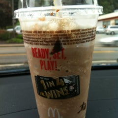 Photo taken at McDonald's by Darah on 9/27/2012