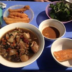 Photo taken at Phở Đuôi Bò by Nguyễn T. on 1/15/2014