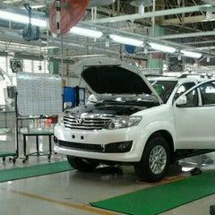 Photo taken at PT. Toyota Motor Manufacturing Indonesia Karawang Plant by Lavero Dewantoro on 2/2/2013