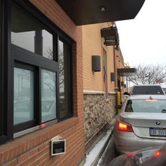 Photo taken at Taco Bell by Carm N. on 1/24/2015