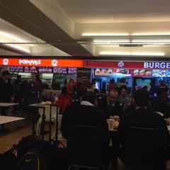 Photo taken at Burger King by Lorenzo D. on 2/12/2015