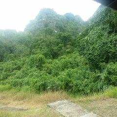 Photo taken at Gua Madai (Madai Caves) by Shiferline L. on 6/1/2014