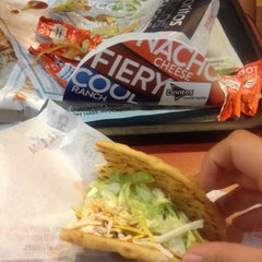 Photo taken at Taco Bell by Yessenia J. on 3/1/2014