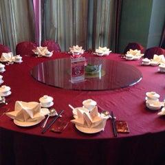 Photo taken at 大同皇苑 by Ng C. on 7/28/2014
