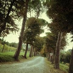 Photo taken at Relais Villa Acquaviva by Yulia B. on 11/9/2012