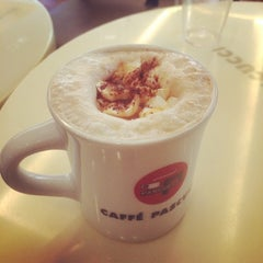 Photo taken at CAFFE PASCUCCI by Eun Jung S. on 2/21/2014