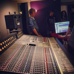 Photo taken at Windmill Lane Studios by Leo V. on 9/20/2013