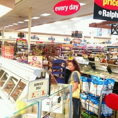 Photo taken at Ralphs by Felix G. on 9/20/2012