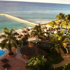 Photo taken at El Cozumeleño Beach Resort by Árni Jón Á. on 12/23/2012