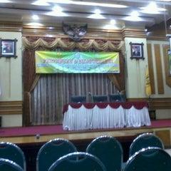 Photo taken at Kantor Walikota Banjarmasin - Pemkot Banjarmasin by bayu b. on 9/9/2013