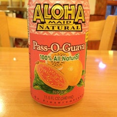 Photo taken at L & L Hawaiian Barbecue by joseph n. on 6/25/2013