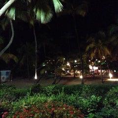 Photo taken at Bolongo Bay Beach Resort by Mario S. on 11/6/2013