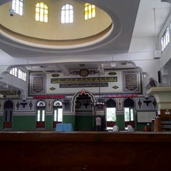 Photo taken at Masjid Agung Al-Azhar by Muttiah T. on 2/23/2013