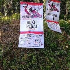Photo taken at Saujana Utama by Nasuha A. on 5/17/2015