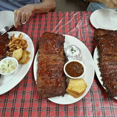 Photo taken at Great American Rib Company by Som R. on 8/12/2015