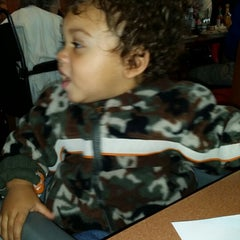 Photo taken at Denny's by Kawanna F. on 12/9/2013