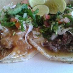 Photo taken at Taqueria El Chino by Luis L. on 7/19/2014