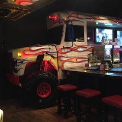 Photo taken at Vince Neil's Tatuado EAT DRINK PARTY by Wellington P. on 8/11/2015