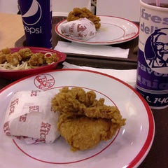 Photo taken at KFC by Jonathan V. on 3/21/2015
