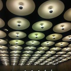 Das Foto wurde bei Whitney Museum of American Art von Shay am 3/28/2013 aufgenommen
