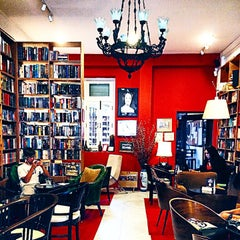 Photo taken at The Reading Room by Eileen L. on 7/15/2014
