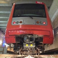Das Foto wurde bei Metro La Cisterna von FELIPE I. am 5/26/2013 aufgenommen