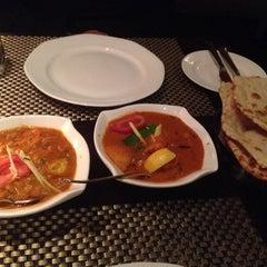 Photo taken at Jashan Celebrating Indian Cuisine by Sheena Y. on 4/7/2014