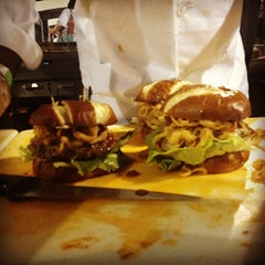 Photo taken at Sacramento Burger Battle 2015 by B on 9/19/2013